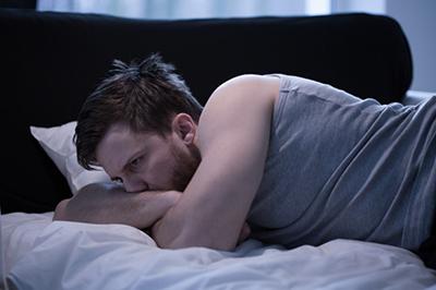 نداشتن خواب کافی باعث احساس خستگی می شود
