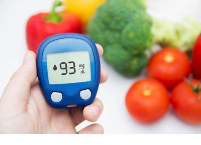 کنترل قند خون ، کند باعث کند شدن روند رتینوپاتی دیابتی می گردد.