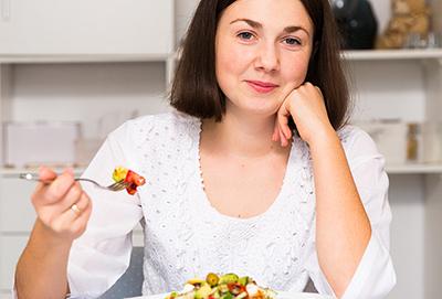 چاقی باعث بروز مشکلات زیادی برای سلامتی افراد می گردد
